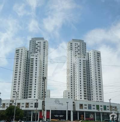 کلفٹن ۔ بلاک 6 کلفٹن کراچی میں 4 کمروں کا 13 مرلہ فلیٹ 5.2 کروڑ میں برائے فروخت۔