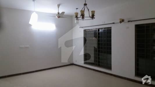 10 Marla 3 Bedroom Flat Available For Sale In Askari 11 Lahore