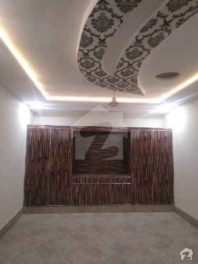 سگیاں والا بائی پاس روڈ لاہور میں 6 کمروں کا 6 مرلہ مکان 95 لاکھ میں برائے فروخت۔