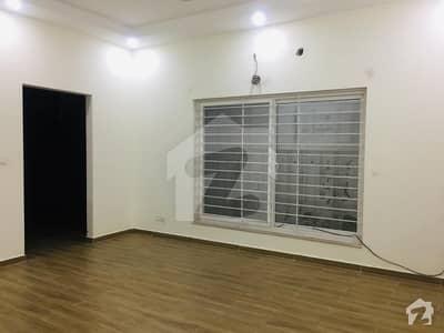 ڈی ایچ اے فیز 1 - سیکٹر بی ڈی ایچ اے ڈیفینس فیز 1 ڈی ایچ اے ڈیفینس اسلام آباد میں 5 کمروں کا 16 مرلہ مکان 1.1 لاکھ میں کرایہ پر دستیاب ہے۔