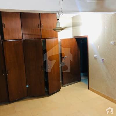 شادمان ون لاہور میں 1 کمرے کا 5 مرلہ کمرہ 15 ہزار میں کرایہ پر دستیاب ہے۔
