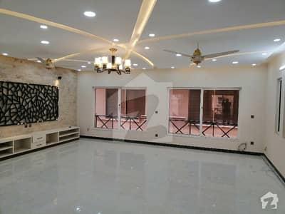بحریہ ٹاؤن فیز 3 بحریہ ٹاؤن راولپنڈی راولپنڈی میں 8 کمروں کا 1 کنال مکان 5.7 کروڑ میں برائے فروخت۔