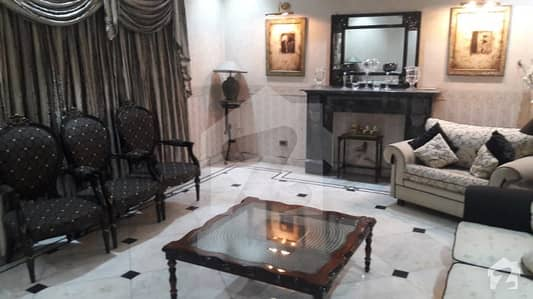 Ideally Located One Call Deal 1 Kanal Beautiful House For Rent