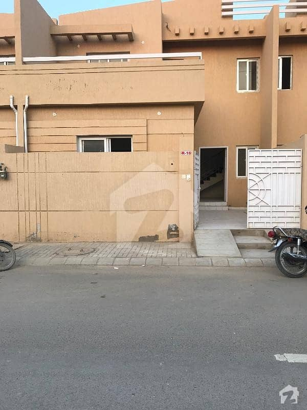 ملیر کراچی میں 3 کمروں کا 5 مرلہ مکان 1.2 کروڑ میں برائے فروخت۔