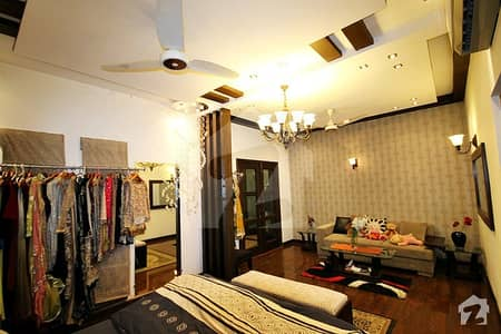For Girls Luxury Furnished Bed Room With Tv Lounge  Available For Rent