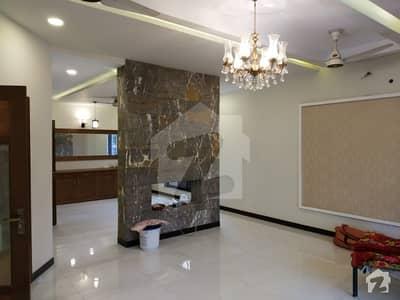 ڈی ایچ اے ڈیفینس فیز 2 ڈی ایچ اے ڈیفینس اسلام آباد میں 3 کمروں کا 1 کنال بالائی پورشن 52 ہزار میں کرایہ پر دستیاب ہے۔