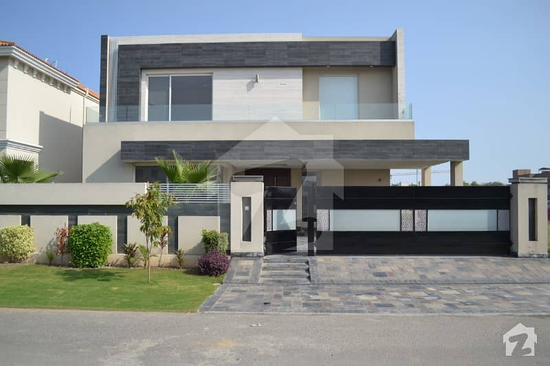 01 Kanal Mazhar Muneer Design House For Sale In Dha Phase 6 Near Park And School
