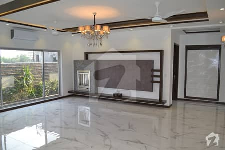 01 KANAL LUXURY ELEGANT DESIGN HOUSE FOR SALE IN DHA PHASE 6
