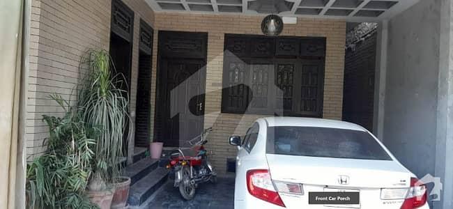 حیات آباد فیز 3 - کے2 حیات آباد فیز 3 حیات آباد پشاور میں 6 کمروں کا 10 مرلہ مکان 3.55 کروڑ میں برائے فروخت۔