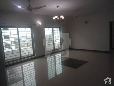 Askari-X 5th Floor Flat Front View Three Beds Urgently For Rent