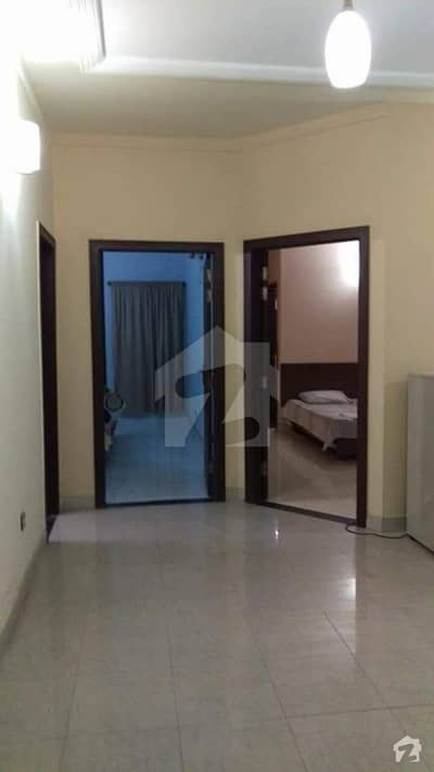 ائیرایوینولگثری اپارٹمنٹس ڈی ایچ اے فیز 8 ڈیفنس (ڈی ایچ اے) لاہور میں 2 کمروں کا 5 مرلہ فلیٹ 32 ہزار میں کرایہ پر دستیاب ہے۔