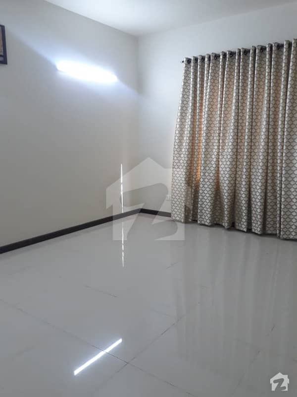 Brand New Town House 230 Sq Yards For Sale
