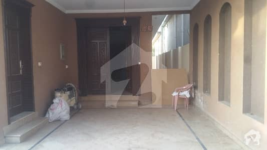 One Kanal Double Storey House For Rent
