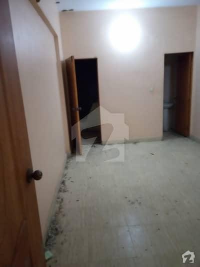 دہلی کالونی کراچی میں 2 کمروں کا 3 مرلہ فلیٹ 14 ہزار میں کرایہ پر دستیاب ہے۔