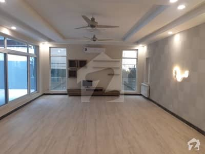 F7 1000 Sq Yards 10 Bed Rooms Brand New First Entry House For Rent