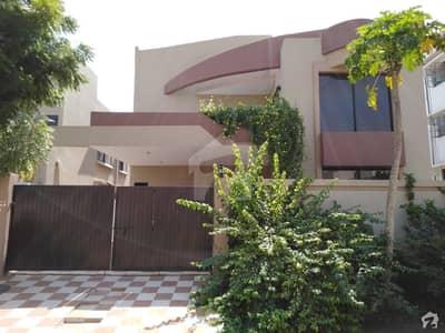 نیوی ہاؤسنگ سکیم کارساز - فیز 2 نیوی ہاؤسنگ سکیم کارساز کراچی میں 5 کمروں کا 14 مرلہ مکان 9.55 کروڑ میں برائے فروخت۔