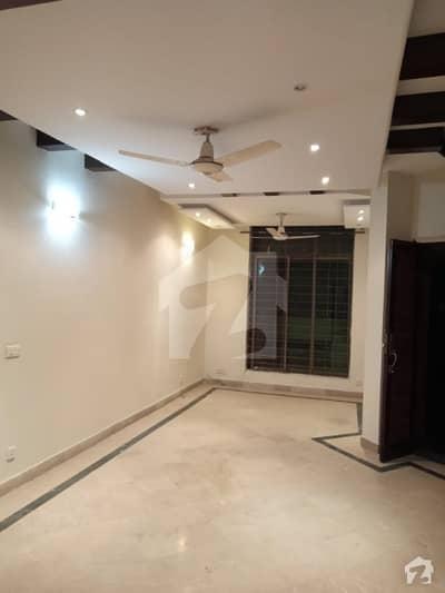 ڈی ایچ اے فیز 3 - بلاک ڈبل ایکس فیز 3 ڈیفنس (ڈی ایچ اے) لاہور میں 3 کمروں کا 5 مرلہ مکان 1.6 کروڑ میں برائے فروخت۔