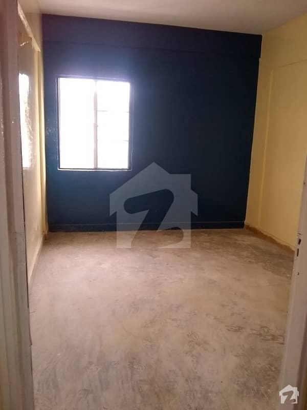 نارتھ کراچی - سیکٹر 7-D3 نارتھ کراچی کراچی میں 4 کمروں کا 5 مرلہ مکان 1.25 کروڑ میں برائے فروخت۔