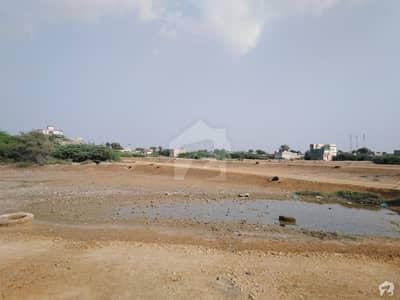 گلشنِ ربیعہ کراچی میں 5 مرلہ رہائشی پلاٹ 12 لاکھ میں برائے فروخت۔