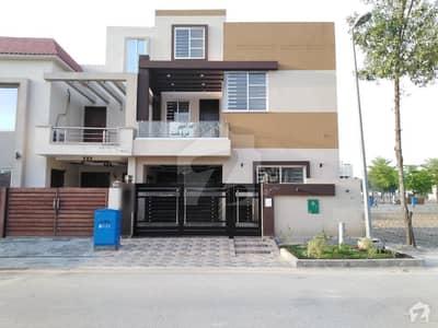 بحریہ نشیمن ۔ سن فلاور بحریہ نشیمن لاہور میں 3 کمروں کا 5 مرلہ مکان 1 کروڑ میں برائے فروخت۔