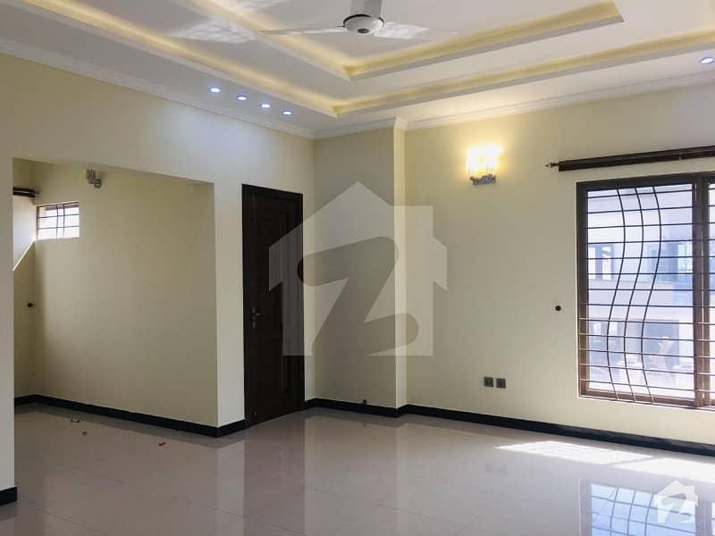 1 Kanal House Triple Unit Brand New House For Sale