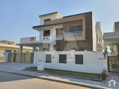ڈی ایچ اے فیز 2 - سیکٹر ڈی ڈی ایچ اے ڈیفینس فیز 2 ڈی ایچ اے ڈیفینس اسلام آباد میں 6 کمروں کا 1 کنال مکان 5.2 کروڑ میں برائے فروخت۔