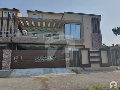 Brand New,  Latest And Modern Houses Are For Sale At Aziz Bhatti Road Habib Ullah Colony Abbottabad