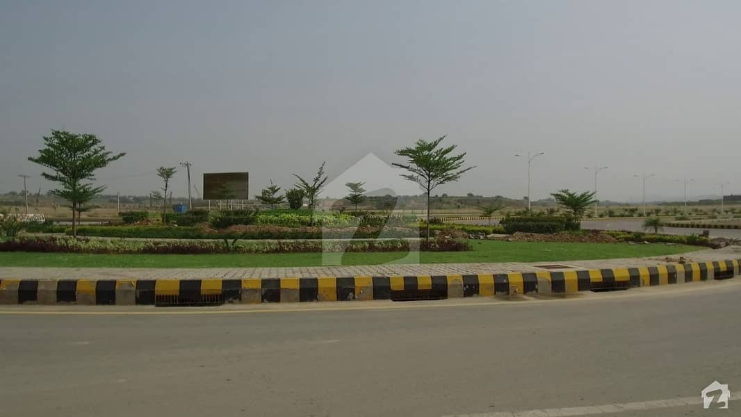 Gulberg Residencia Block B 7 Marla plot 3060 is available for sale