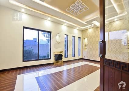 Exotic Palace Brnd New Luxury Bungalow