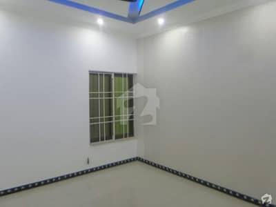 بحریہ ٹاؤن فیز 8 ۔ بلاک اے بحریہ ٹاؤن فیز 8 بحریہ ٹاؤن راولپنڈی راولپنڈی میں 6 کمروں کا 1 کنال مکان 4 کروڑ میں برائے فروخت۔
