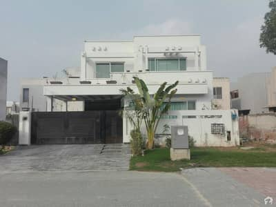 10 Marla Old Used Double Unit House Available For Rent