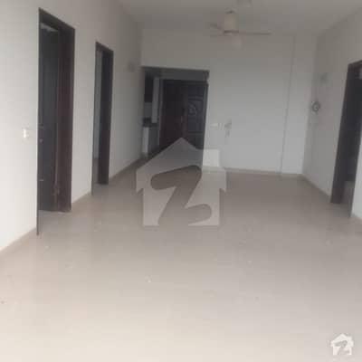 Luxury 4 Bedrooms Flat For Rent