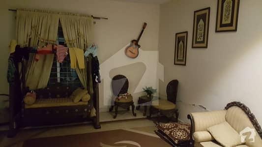 10 Marla House On Rent - Near to Khayaban E Amin