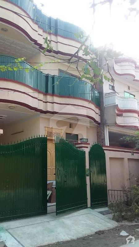 حیات آباد فیز 6 - ایف9 حیات آباد فیز 6 حیات آباد پشاور میں 6 کمروں کا 7 مرلہ مکان 65 ہزار میں کرایہ پر دستیاب ہے۔