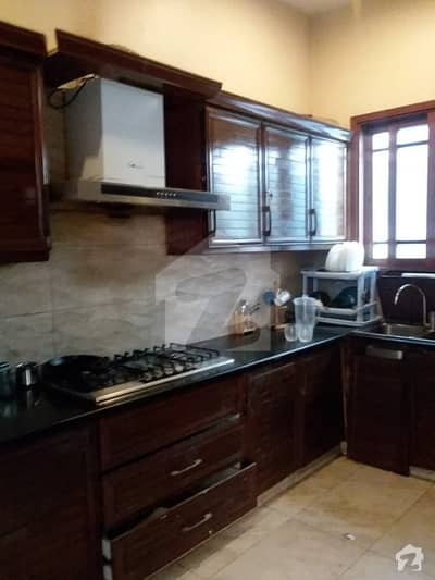 Ground Portion 3 Bedrooms for Rent in Phase 8 DHA