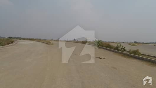 1 Kanal Plot For Sale Facing Park Main Road Approach