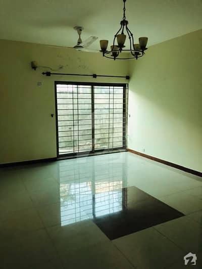 عسکری 14 راولپنڈی میں 2 کمروں کا 10 مرلہ بالائی پورشن 35 ہزار میں کرایہ پر دستیاب ہے۔