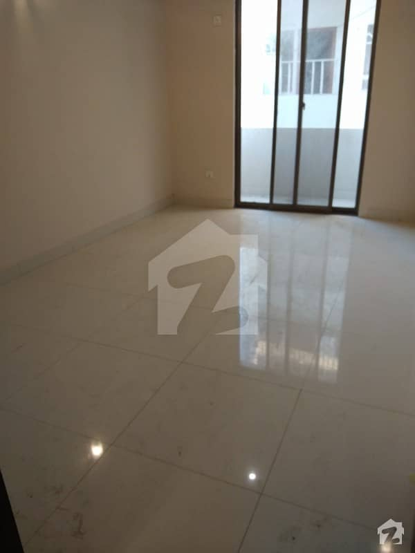 Slightly Use 3rd Floor Apartment For Rent With 2 Bedroom
