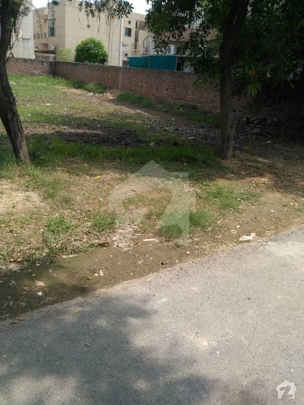 ایڈن سٹی - بلاک سی ایڈن سٹی ایڈن لاہور میں 19 مرلہ رہائشی پلاٹ 1.35 کروڑ میں برائے فروخت۔