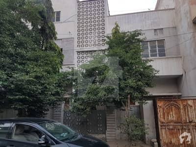 ناظم آباد - بلاک 2 ناظم آباد کراچی میں 9 مرلہ مکان 3.25 کروڑ میں برائے فروخت۔
