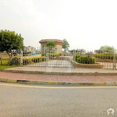 Boulevard Heighted Kanal Plot For Sale