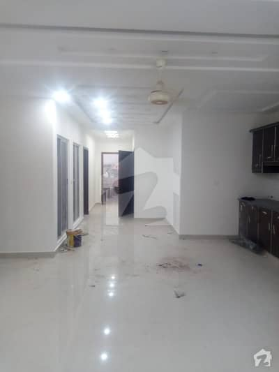 10 Marla Brand New Upper Portion Is Vacant For Rent In State Life Housing Society