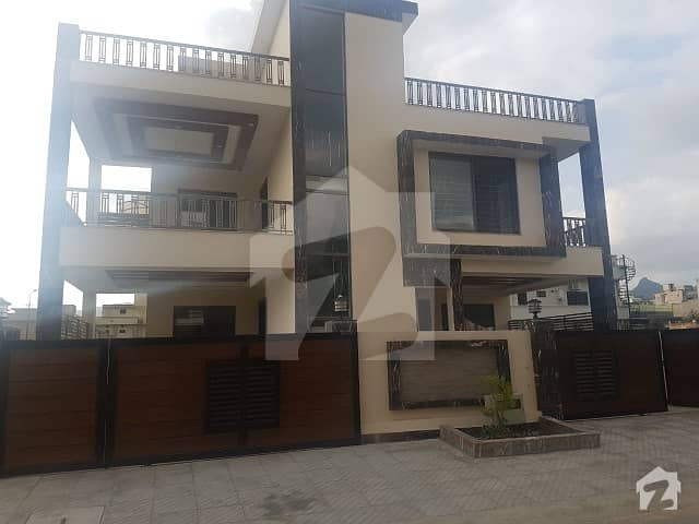 10 Bed House For Sale In E -11/1