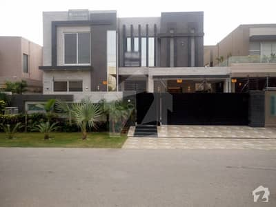 1 Kanal House For Sale near Block Y McDonald's DHA Phase 3 Lahore