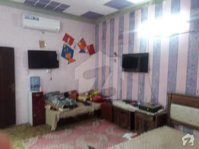 محلہ خُو ہری پور میں 5 کمروں کا 10 مرلہ مکان 1 کروڑ میں برائے فروخت۔