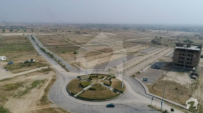 یونیورسٹی ٹاؤن ۔ بلاک اے یونیورسٹی ٹاؤن اسلام آباد میں 5 مرلہ رہائشی پلاٹ 22.5 لاکھ میں برائے فروخت۔