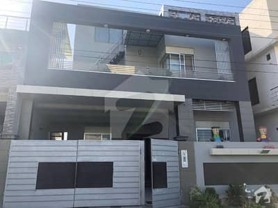 10 Marla Furnished Park Facing Triple Storey House For Sale