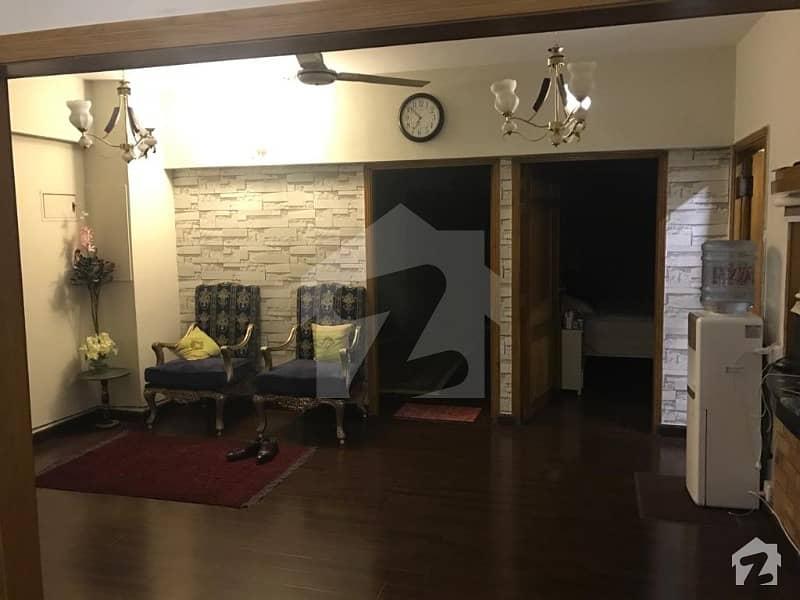 ایف ۔ 11 اسلام آباد میں 3 کمروں کا 10 مرلہ فلیٹ 2.8 کروڑ میں برائے فروخت۔