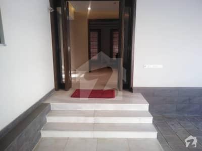 جی ۔ 6 اسلام آباد میں 3 کمروں کا 16 مرلہ مکان 3.2 لاکھ میں کرایہ پر دستیاب ہے۔