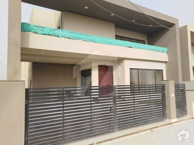 500 Sq Yard  Paradise Villa 5 Bedroom Double Story Vip Location For Sale